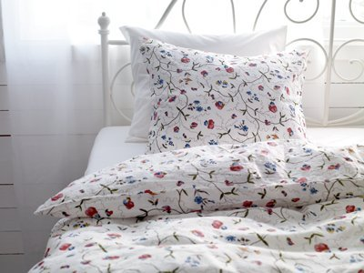 Duvet covers ikea queen roselawnlutheran for Ikea bed covers sets queen