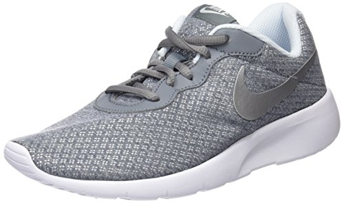 the latest fd131 9929c NIKE Kids Tanjun (GS) Running Shoe Cool Grey Metallic Silver