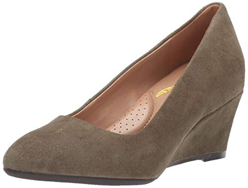 Aerosoles Women's INNER CIRCLE Pump, green suede, 7 M ()
