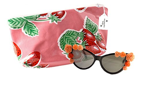 [Strawberry Print Pink Makeup Bag Clutch & Pink Rose Cat Eye Sunglasses - 50s Retro Set] (50s Make Up)