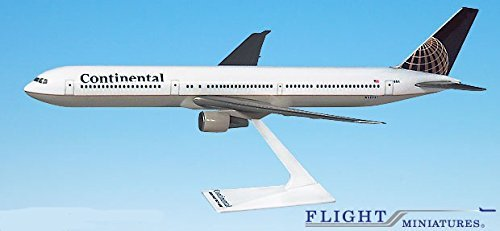 continental-91-10-boeing-767-400-airplane-miniature-model-snap-fit-1200-part-abo-76740h-002
