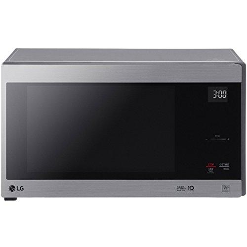 LG 1.5 CF NeoChef Countertop Micr by LG