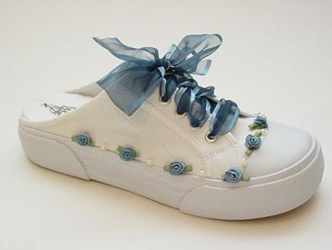 Amazon.com: Azul antiguo Savvy Sneaks – decorado novia ...