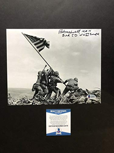 Robert D Maxwell Autographed Signed 8x10 Photo Beckett Bas Coa Wwii Moh Army Usa ()