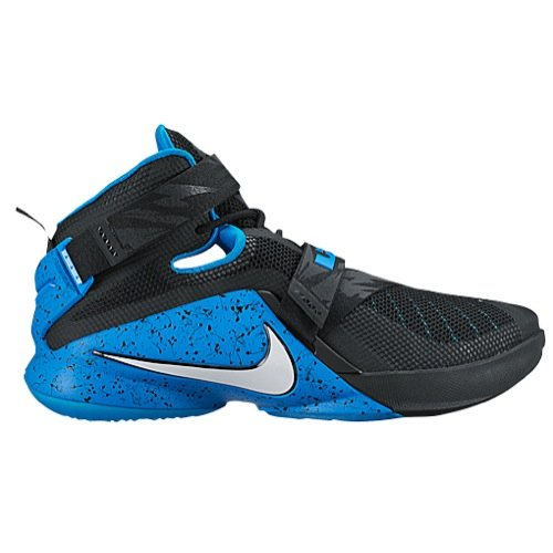 Nike Zoom Soldier IX Size 12 Mens