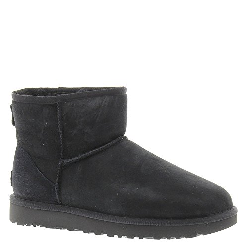 UGG Classic Mini II Women's Boot 7 B(M) US Black (Womens Dress Ugg)
