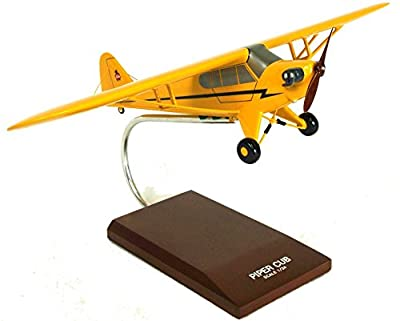 Mastercraft Collection Piper J-3 Cub Model Scale: 1/24
