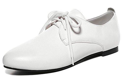 Idifu Womens Décontracté Fermé Bout Rond Bas Haut Plat Lace Up Mode Sneakers Chaussures De Marche Blanc
