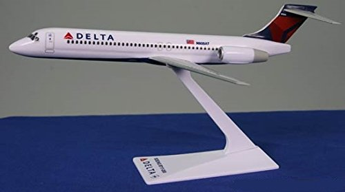 Delta (07-Cur) 717-200 Airplane Miniature Model Snap Fit Kit 1:200 Part#ABO-71720H-008 (200 Snap Fit Model)
