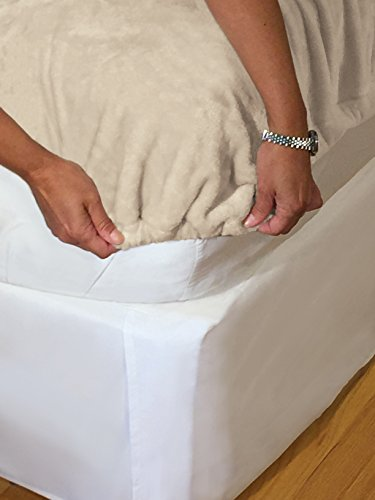 Effortless Bedding Oversized Plush Semi-Fitted Bed Blanket (California King, Sand Shell)
