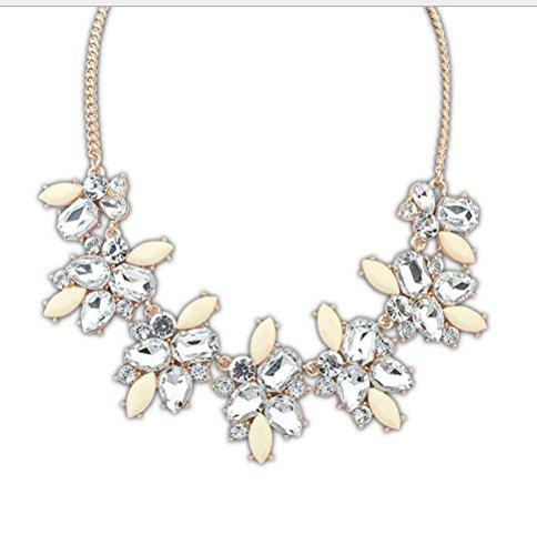 SunIfSnow Women Fashion Sweet Colourful Leaves-Shape Diamond Necklace beige