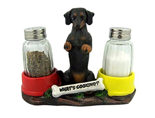 (Hot N' Spicy Dachshund Salt & Pepper Shaker Holder)
