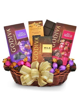 Only Organic! Market Box - Same Day Gourmet Chocolate & Snack Basket Delivery - Gourmet Gift Baskets - Snack Gift Baskets - Gourmet Chocolate Gift Baskets - Chocolate Food Gift Baskets