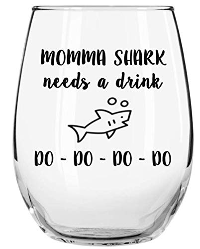Momma Shark Needs a Drink Do Do Do Do Funny Novelty Libbey Stemless Wine Glass with Sayings - Gift for Moms, Birthday, Christmas, Mother's Day Gifts (Day Christmas Sayings)