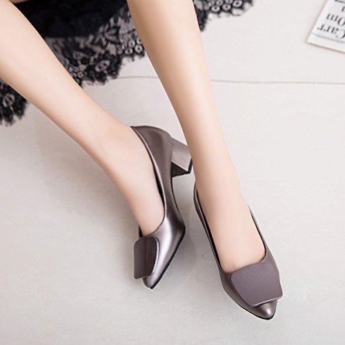 Xue Qiqi Atar un zapato con negrita es un punto de luz negra antideslizante tacones altos zapatos de mujer para trabajar. El color