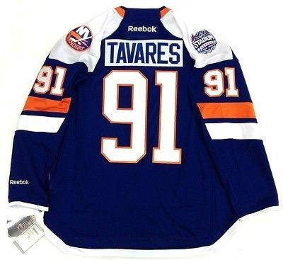 detailed look 23812 962be Amazon.com: Signed John Tavares Jersey - Nhl Stadium Series ...