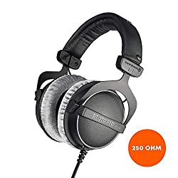 Image of the product beyerdynamic DT 770 PRO that is listed on the catalogue brand of beyerdynamic.