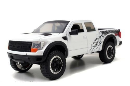 White Ford Raptor >> Amazon Com 2011 Ford F 150 Svt Raptor Pickup Truck White 1 24 By