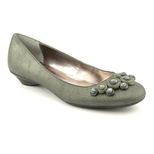 Alfani Women's Natalie Slip-On Leather Flats Shoe, Olive Pewter, 6 US ()