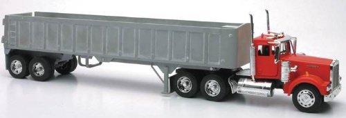 New Ray Die-Cast Truck Replica - Kenworth W900 Frameless Dump Truck, 1: 32 Scale, Model# 13733