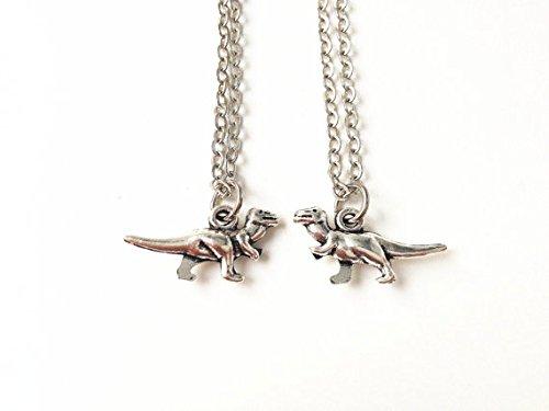 2 Dinosaur necklaces,Dino necklace,friendship necklaces,His Hers,Couples Necklace,best friend necklaces,Boyfriend Girlfriend Gift (Dinosaur Best Friend Necklaces)