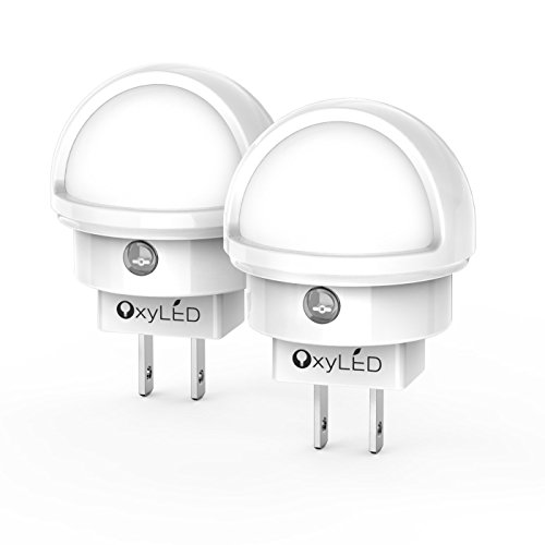 LED Night Light, Oxyled Plug-in Wall Light with Dusk to Dawn Sensor, 0.26W White Light with Bedroom Bathroom Kitchen Hallway Kids Baby Nursery 360 Degree Rotating Head(2 pack) - Guest Smart Leg