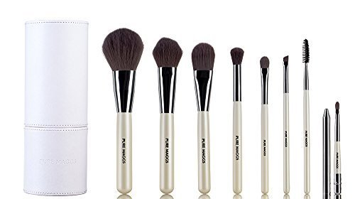 Pure Maggs Makeup Brush Set with Chic Travel Case - Include 8 Must Have Power Blush Foundation Eyeshadow Eyebrow Mascara Lip - Soft Firm Bristles for Flawless Makeup - Easy to Clean and Durable - Best gift idea (Pearl White) (For Must Brows Kit Have)