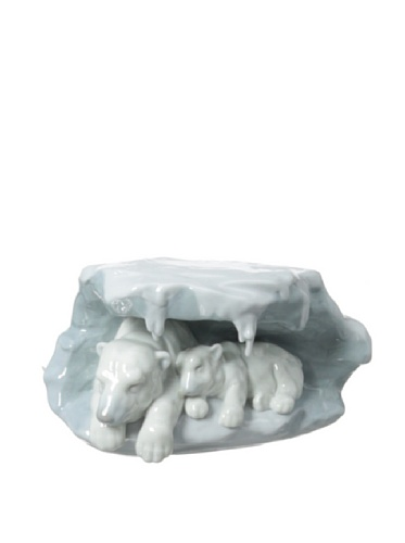 LLADRÓ A Snowy Sanctuary Figurine