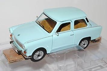 Trabant 601 hellblau weiß Modellauto 1:24 Welly