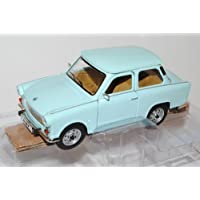 Trabant 601 S Deluxe Blau 1/24 Yatming Modell Auto mit individiuellem Wunschkennzeichen