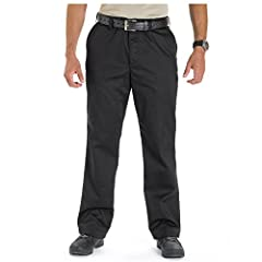 Re engineered with end user feedback our new Covert Khaki Pant offers 5.11 innovation packaged in a great fitting casual pant ideal for undercover or plain clothes detail. The Covert Khaki 2.0 pant features six pockets; two traditional front ...