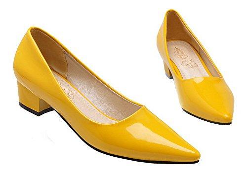 Amoonyfashion Womens Pekte Tå Lave Hæler Patent Lær Solide Pumper-sko Gul