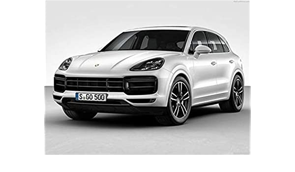 Amazon.com: Porsche Cayenne Turbo 2018 Poster 18