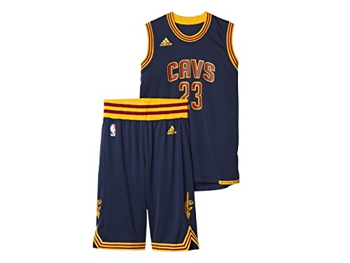 adidas Jungen Cleveland Cavaliers Lebron James Trikot + Shorts, Navy Blue/Yellow, 176