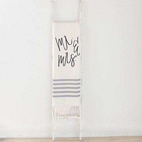Throw Blanket - Mr & Mrs, present, housewarming gift, decorative blanket, cozy