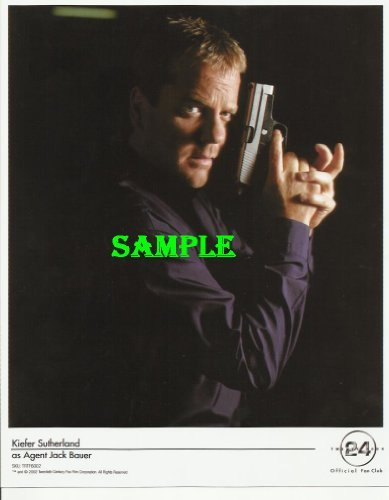 24 Kiefer Sutherland Holding Gun Press Kit Promotional Photo Keifer1000 from Photo Lab