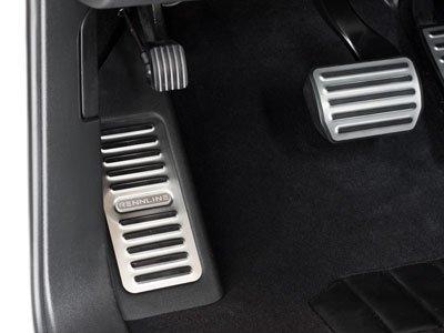 Rennline 2011+ Cayenne Aluminum dead pedal - factory look - Accepts Cast Crest Brushed - Aluminum Dead Pedal
