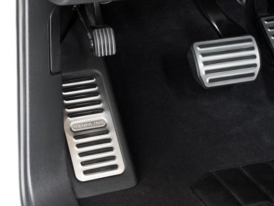 Rennline 2011+ Cayenne Aluminum dead pedal - factory look - Accepts Cast Crest Brushed