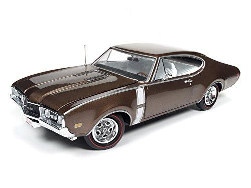 1:18 1968 Oldsmobile Cutlass 442 Hardtop Cinnamon Bronze Poly Autoworld AMM1084 (Cutlass Model Car compare prices)