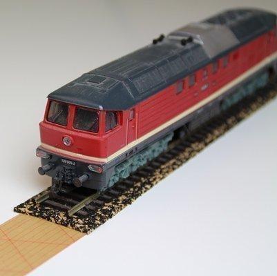 10x Gleisbett aus Gummikork für Spur N – 2,1 x 100cm ✓ Zuschneidbar ✓ Antistatisch ✓ Vibrationsdämmende Schienenunterlage   Modellbauartikel als Gleisunterlage, Gleisbettung acerto24