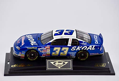 1999 - Revell Collection - Ken Schrader #33 - Skoal Racing - Monte Carlo - Numbered - 1 of 1002-1:24 Scale Die Cast - Collectible