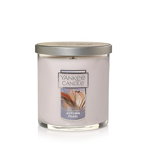 (Yankee Candle Small Tumbler Scented Candle, Autumn Pearl)
