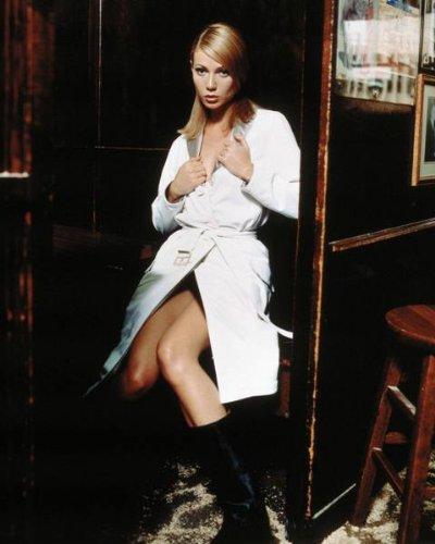 gwyneth paltrow topless