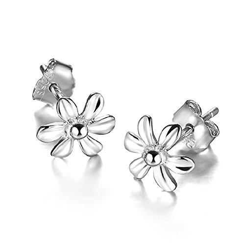 925 Sterling Silver Daisy Small Rose Flower Stud Earring (Silver)
