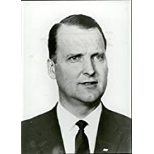 Vintage photo of Portrait image of SVT's ice hockey expert commentator Tore Demnert, taken in an unknown context.