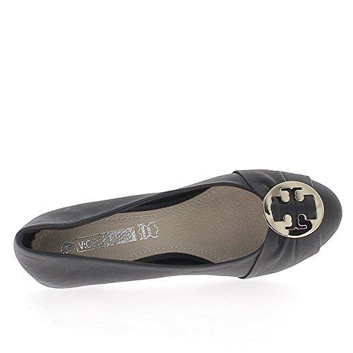 Escarpins classiques noirs à talons de 7,5 cm bouts ronds avec grosse boucle dorée