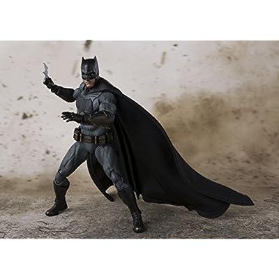 TAMASHII NATIONS Bandai S.H. Figuarts Batman Justice League Action Figure: Bandai Tamashii Nations: Toys & Games