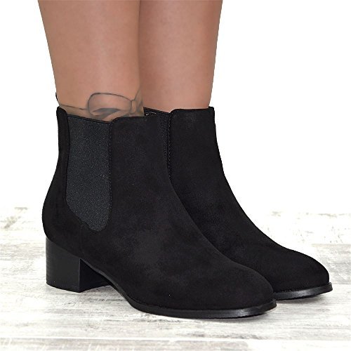 ESSEX GLAM Womens Chelsea Ankle Boots Low Heel Elastic Pull On Gusset  Casual Riding Biker Winter Booties: Amazon.co.uk: Shoes & Bags