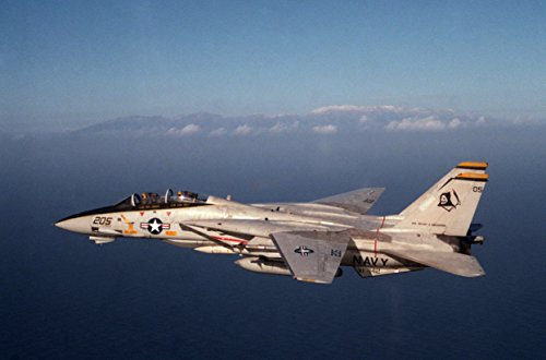 A U.S. Navy Grumman F-14A Tomcat from fighter squadron VF-142 Ghostriders on 1 January 1985. (149 Tom)