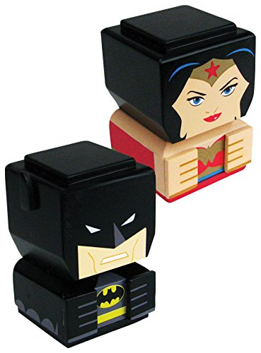 Entertainment Earth Batman & Wonder Woman Tiki Totem Set of 2 - Convention Exclusive Action Figure